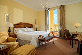 Grand Room, 1 King Bed (Grandluxe Double King, Larger Guest)