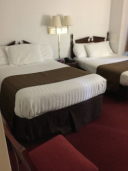 Suite, 2 Double Beds (2 Double Beds and One Day Bed)