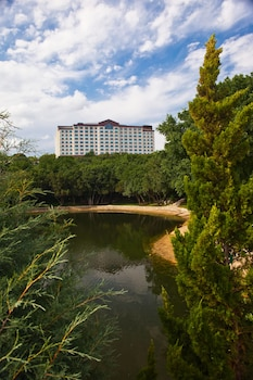 Hotel - Renaissance Austin Hotel