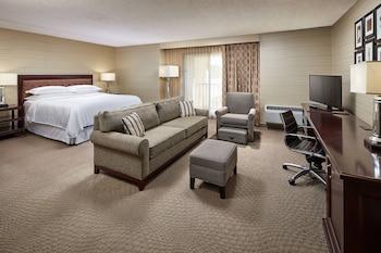 Suite, 1 Bedroom, Balcony, Courtyard View