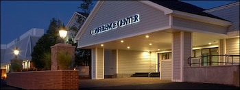 海厄尼斯會議中心度假飯店 Resort & Conference Center at Hyannis