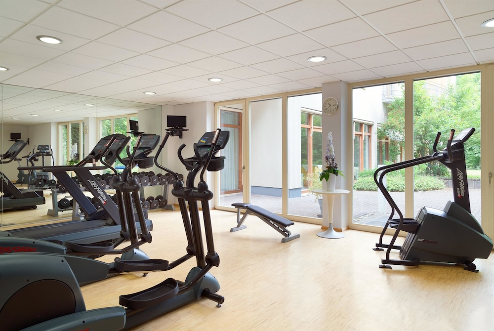 Health and Fitness : Fitness Facility 59 of 112