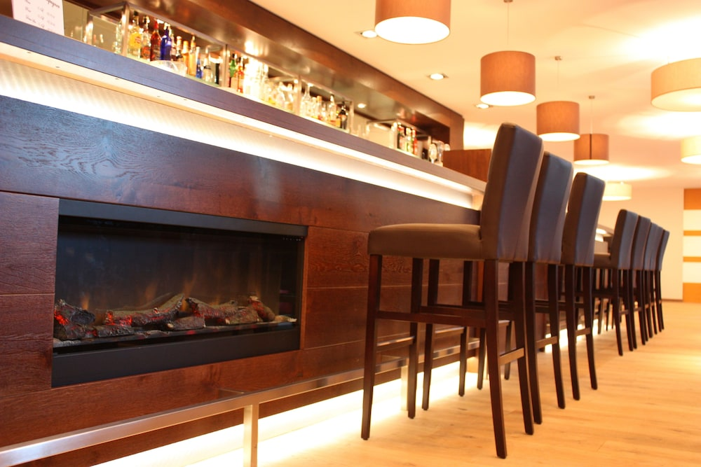 Lounge : Hotel Bar 72 of 112