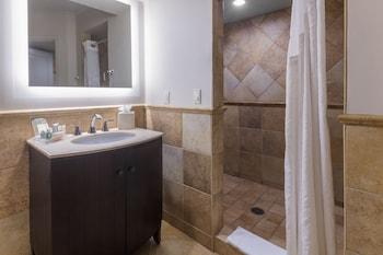 Suite, 1 Bedroom (Boardroom, Feature)
