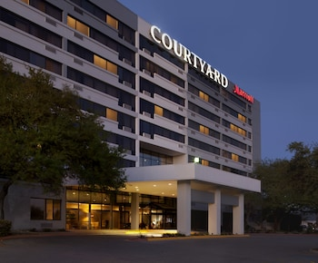 Courtyard by Marriott Austin-University Area