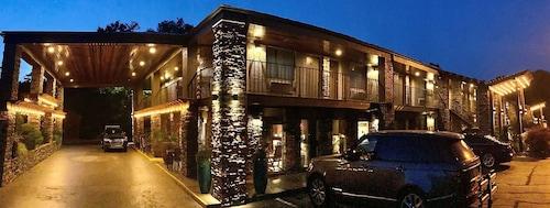 . Best Western Braselton Inn