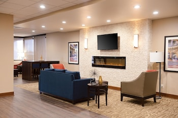 Comfort Inn & Suites Event Center photo