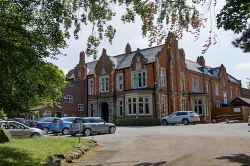 . Best Western Grimsby Oaklands Hall Hotel
