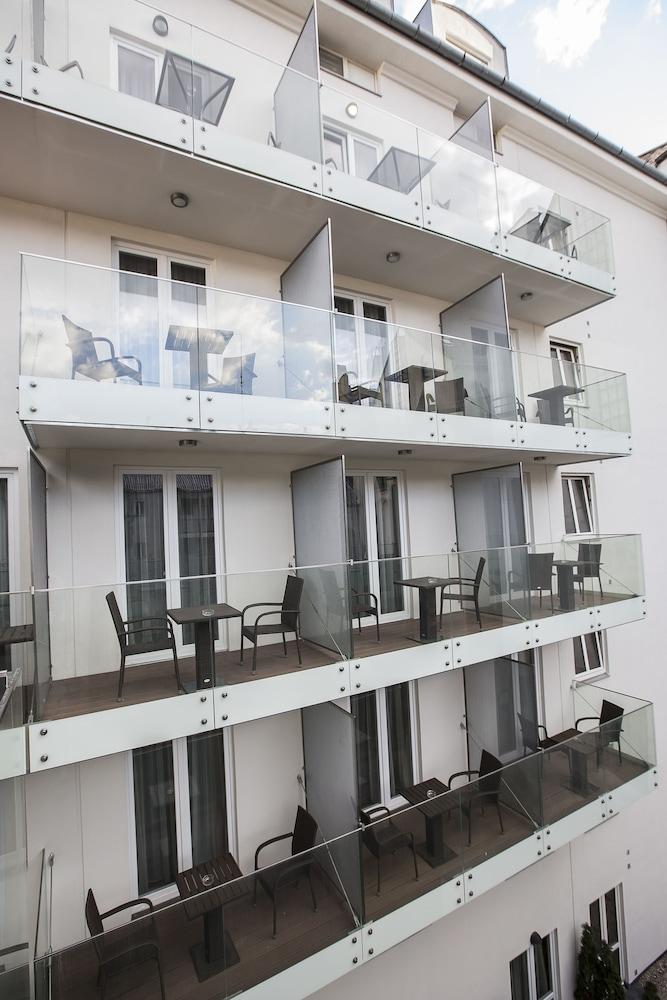 호텔이미지_테라스/파티오