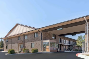 Hotel - Travelodge by Wyndham Clarksville