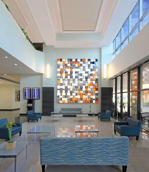 邁阿密機場及會議中心希爾頓逸林飯店 DoubleTree by Hilton Hotel Miami Airport & Convention Center