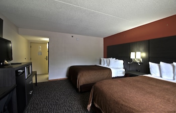 Deluxe, 2 Queen Beds, Disability Access