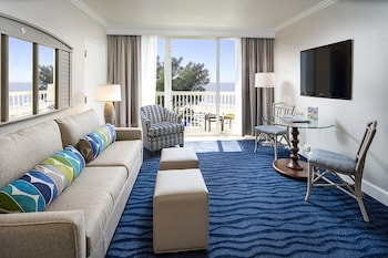 Suite, 1 Bedroom, Balcony, Beach View (Gulf Front)