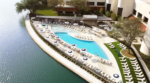 __{offers.Best_flights}__ Omni Las Colinas Hotel