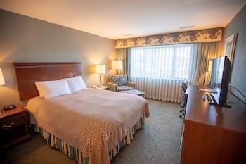 Standard Room, 1 Queen Bed, Multiple View
