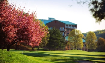 Hotel - Turf Valley Resort