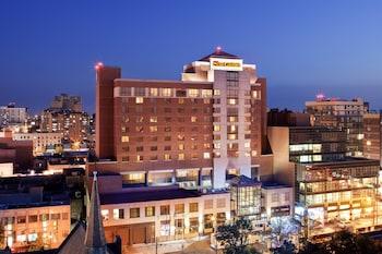 法拉盛喜來登大飯店 Sheraton LaGuardia East Hotel