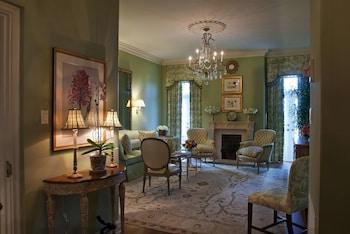 Penthouse, 1 King Bed (Ernest Hemingway)