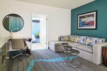 Club Suite, 1 Bedroom, Balcony