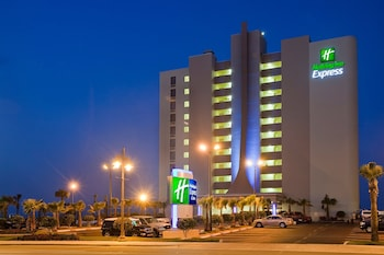 海濱智選假日套房飯店 Holiday Inn Express & Suites Oceanfront