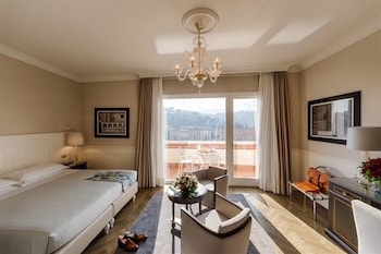 プラザ ホテル ルチェッシ