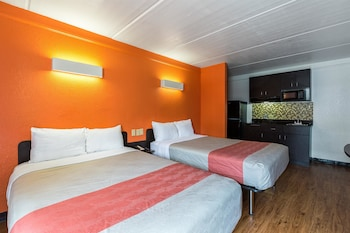Deluxe Room, 2 Double Beds, Accessible, Non Smoking
