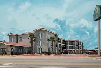 Hotel - La Quinta Inn by Wyndham Galveston East Beach