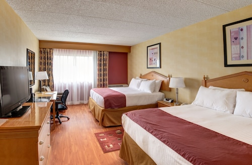 . Ramada by Wyndham Toms River