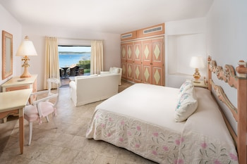 Premium Room, 1 King Bed, Sea View