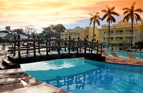 . Telamar Resort