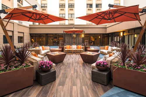 . DoubleTree by Hilton San Francisco Airport
