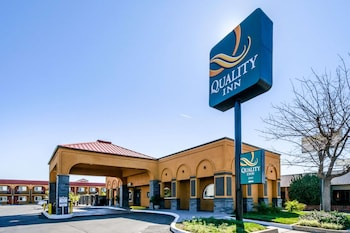 雷丁 I-5 附近凱藝飯店 Quality Inn Redding near I-5