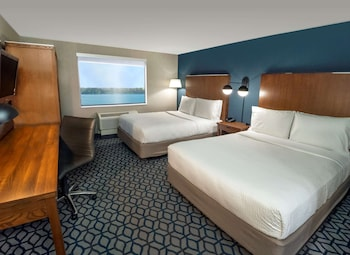 Standard Room, 2 Queen Beds, Non Smoking, River View