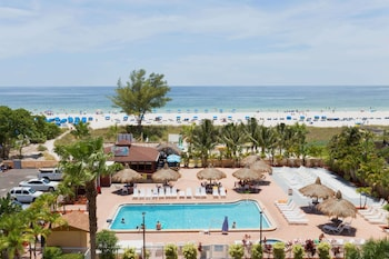 Hotel - Howard Johnson Resort Hotel by Wyndham St. Pete Beach FL