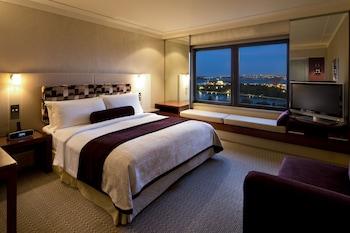 Room, 1 King Bed (Eastern Harbour)
