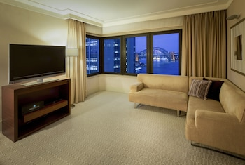 Guestroom at InterContinental Sydney in Sydney