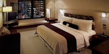 Classic Room, 1 King Bed (City Side)