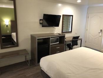 Hotel - Gilroy Inn