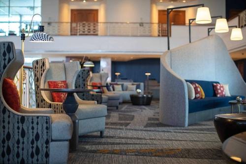 . Renaissance Concourse Atlanta Airport Hotel