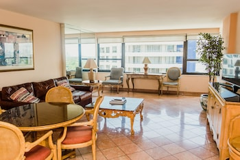 Standard 2 Bedroom 1 King & 2 Twins Kitchen/Balcony