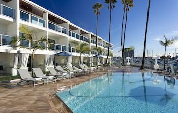 瑪麗安得爾雷飯店 Marina del Rey Hotel
