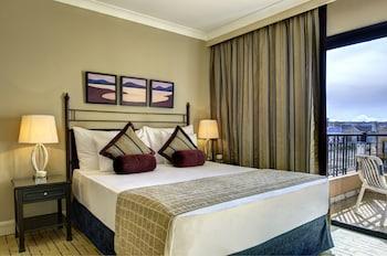 Executive Room, 1 Queen Bed, Sea View