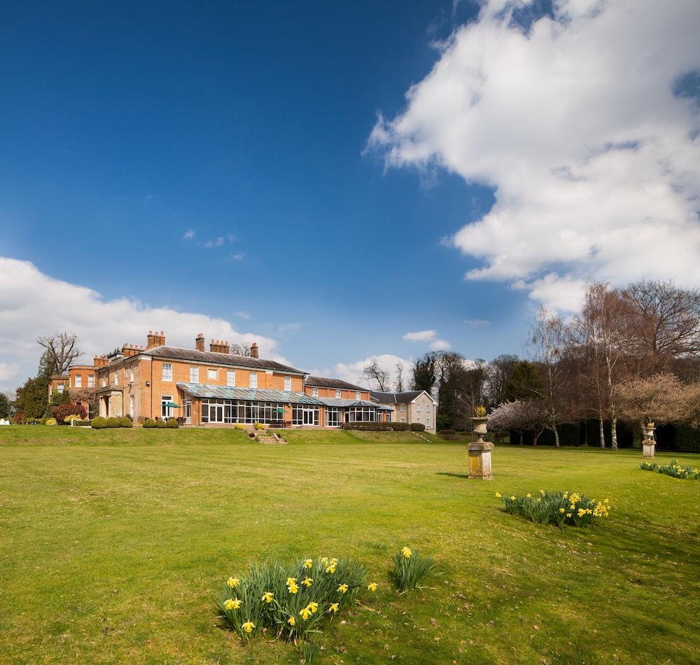 머큐리 뉴베리 엘코트 파크 호텔(Mercure Newbury Elcot Park Hotel) Hotel Image 36 - Garden