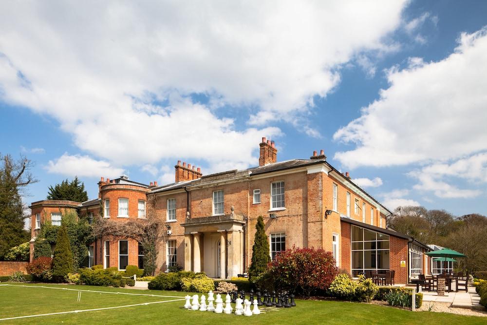 머큐리 뉴베리 엘코트 파크 호텔(Mercure Newbury Elcot Park Hotel) Hotel Image 37 - Garden