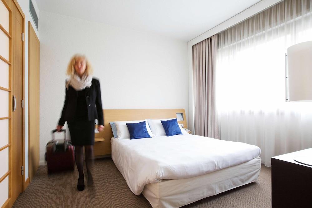 リビング プレイス ホテル