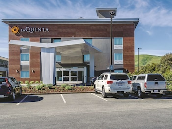 Hotel - La Quinta Inn & Suites by Wyndham San Francisco Airport N