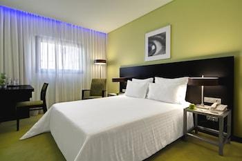 Hotel - SANA Capitol Hotel