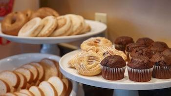 Best Western Plus Inn Scotts Valley - Food Court  - #0