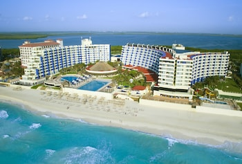 Hotel - Crown Paradise Club Cancun All Inclusive