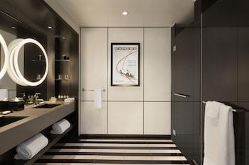 Fairmont Gold, Suite, 1 King Bed